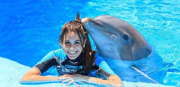 Encuentro con<br /> delfines