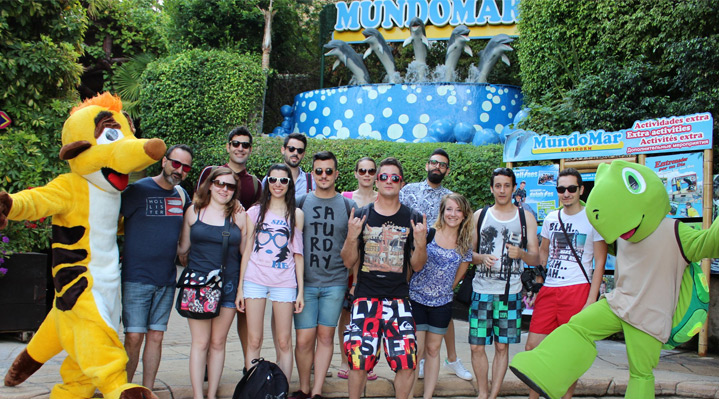 Bloguers y vloguers visitan Mundomar