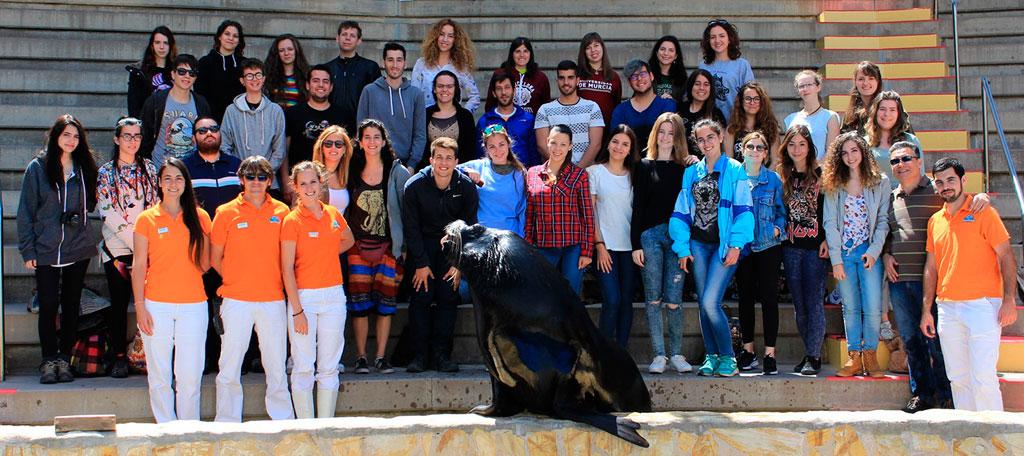 Mundomar recibe la visita de alumnos de la Universidad de Murcia